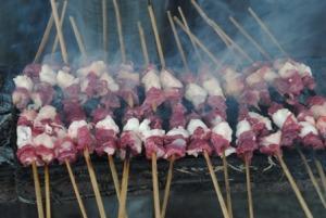 Tips Menghilangkan Bau Prengus Daging Kambing